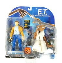 2001 E.T. THE EXTRA-TERRESTRIAL INTERACTIVE TOY E.T. & KEYMAN ACTION FIGURE - $18.67