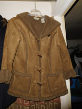 LL BEAN SIZE MEDIUM FAUX SHEARLING HOODED COAT TOGGLE BUTTONS  - $60.00