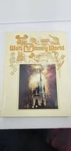 Vtg WALT DISNEY WORLD Theme Park Souvenir Photo Book hardcover - $10.40