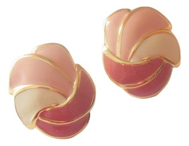 Vintage Napier Clip On Earrings Enamel Jewelry Creamy Pink Swirled Seashell - $9.95