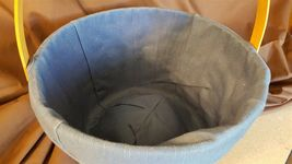 Longaberger 1996 LARGE FRUIT APPLE BASKET #13200 With Blue Fabric Liner image 3