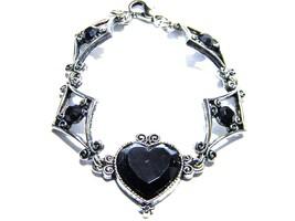 Silver tone Bracelet with Black Heart Center Vintage Jewelry - $11.39