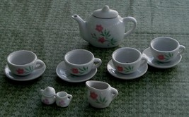 Nice Vintage Miniature China Teapot and China Setting, GOOD CONDITION - $19.79