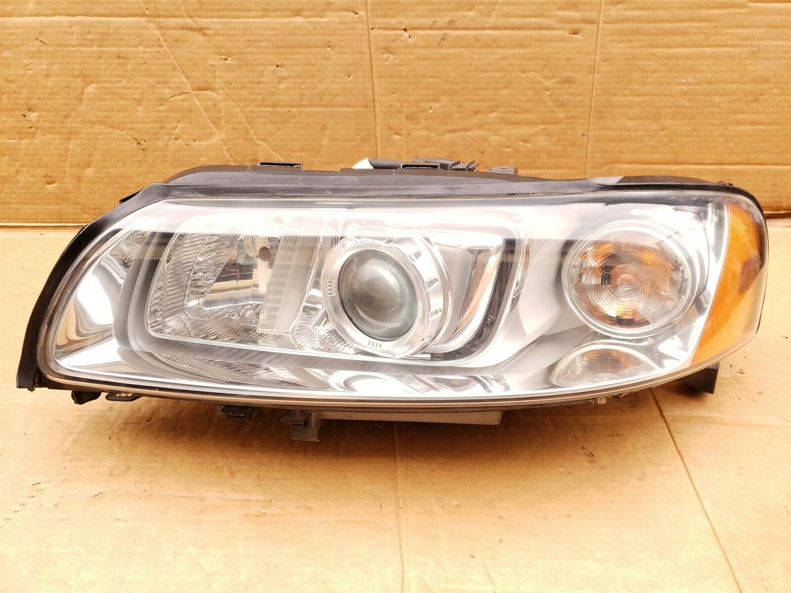 07-09 VOLVO S60 HID Xenon Headlight lamp Driver Left LH