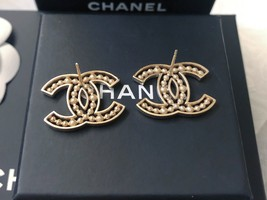 100% AUTH NEW CHANEL 2019 SS XL Large Gold CC Crystal PEARL Stud Earrings image 9