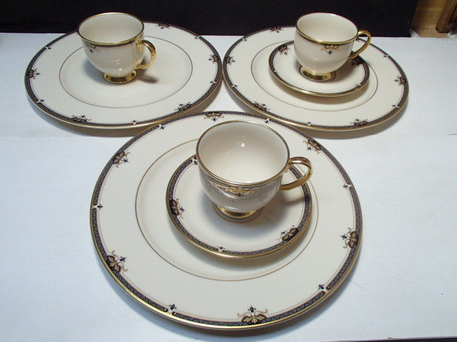 Primary image for 8 Pieces Lenox Potomac ~ 3 dinner ~ 2 saucers ~ 3 cups ~~ fill ins ~~ PRICE DROP