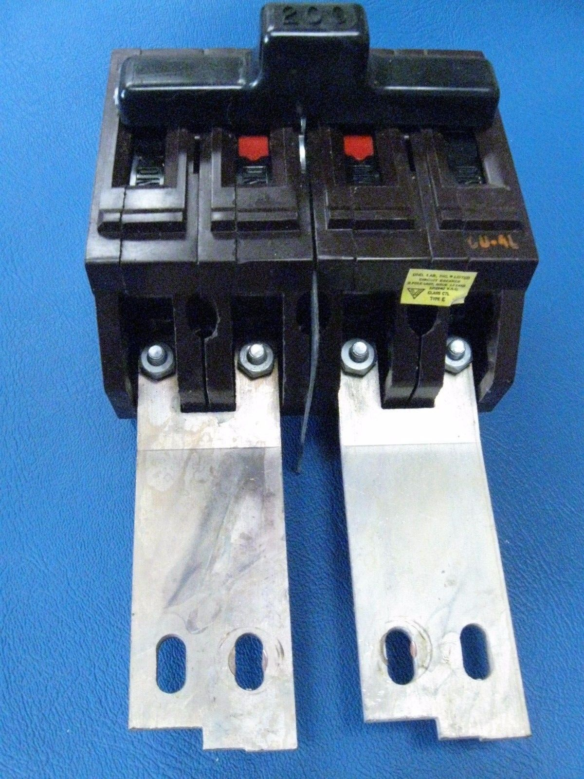 WADSWORTH 30 Amp CIRCUIT BREAKER Type A  120V Single Pole
