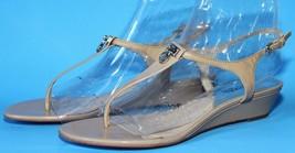 Michael Kors Women's Natural Hamilton Patent Leather Thong Sandal Size 8M - $37.10