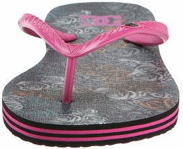 DC Women's Spray Graffik Military Rose Hot Pink Summer Flip Flop Sandal NWT image 2