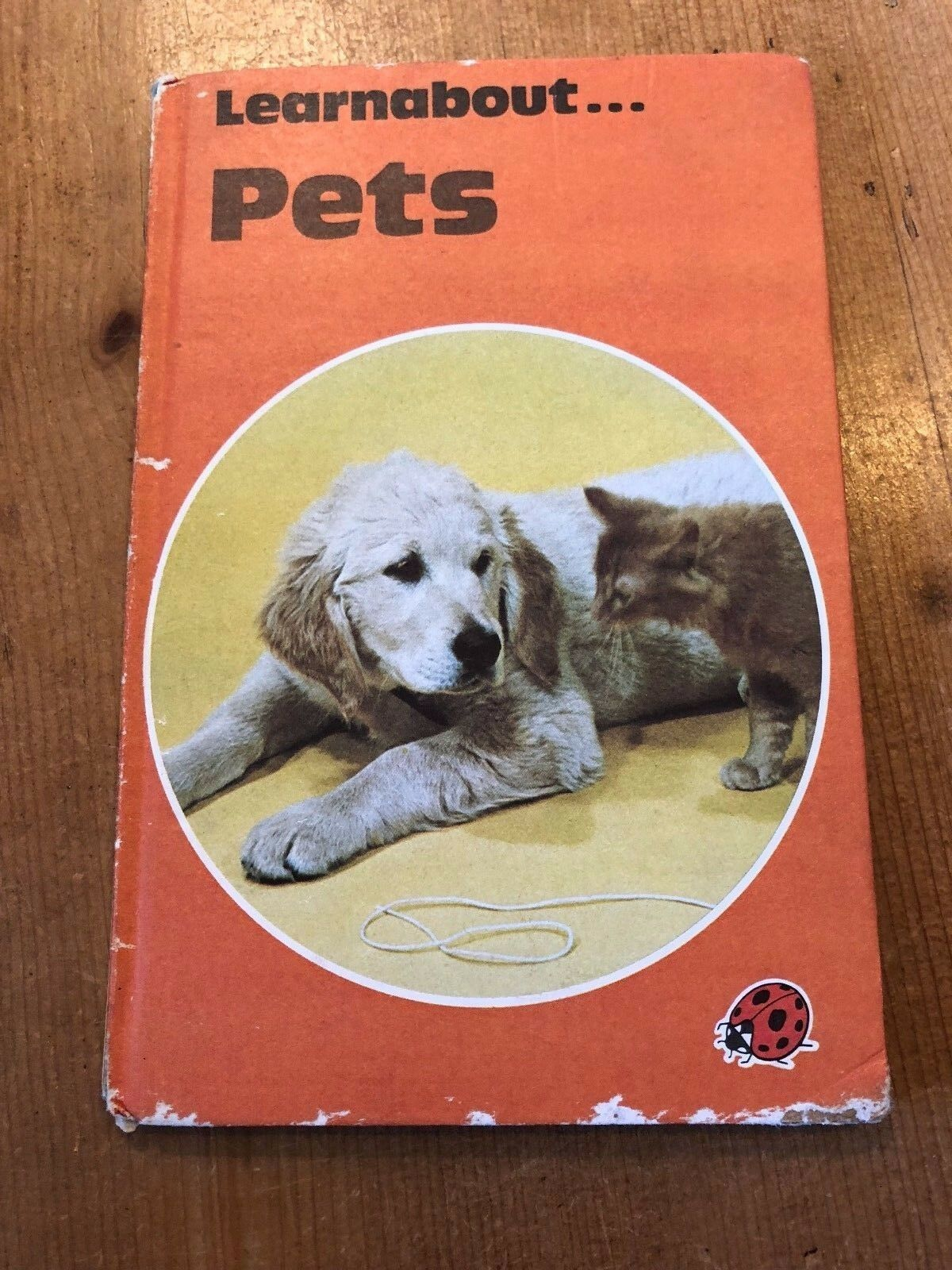 "1978-79 ""LEARNABOUT PETS"" LADYBIRD BOOK (SERIES 634 - 30p NET) BX-8"
