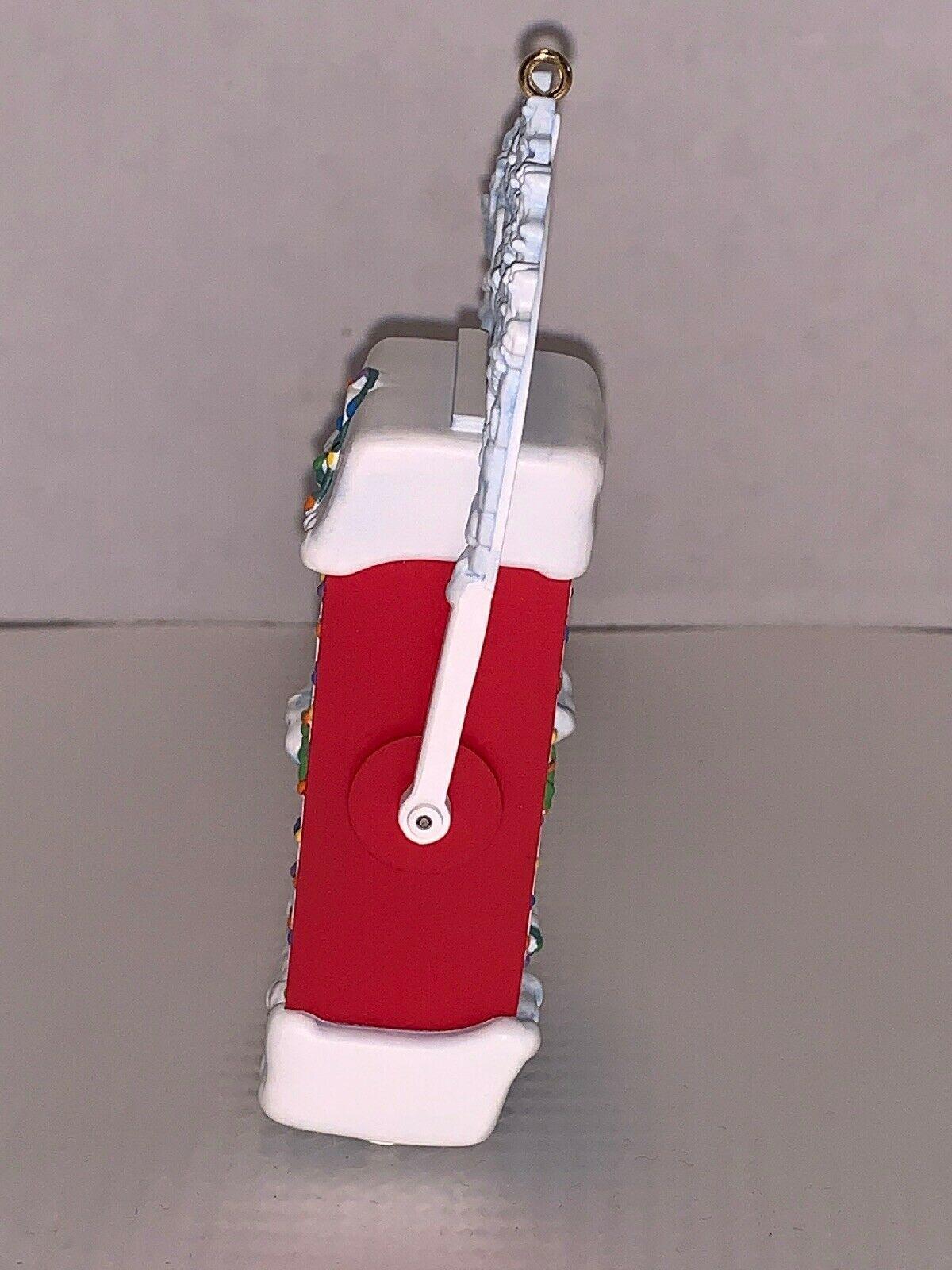 Hallmark Keepsake Ornament Christmas Countdown 2005 - 2000 ...
