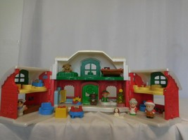 Fisher-Price Little People North Pole Christmas Cottage Playset Figures - $87.13