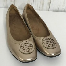 Clarks Artisan Candra Blue Gold Leather  Medallion Flats Gold 10 M - $34.64