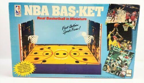 Vtg 1988 NBA Bas-Ket Miniature Basketball Board Game Cadaco Jordan Lakers #267 - $39.59