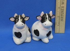 Ceramic Cow Salt Pepper Shakers Black White Light Pink Accents - $7.91