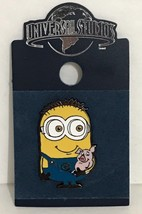 Universal Studios Exclusive Despicable Me Minion with Pig Metal Pin New - $18.98