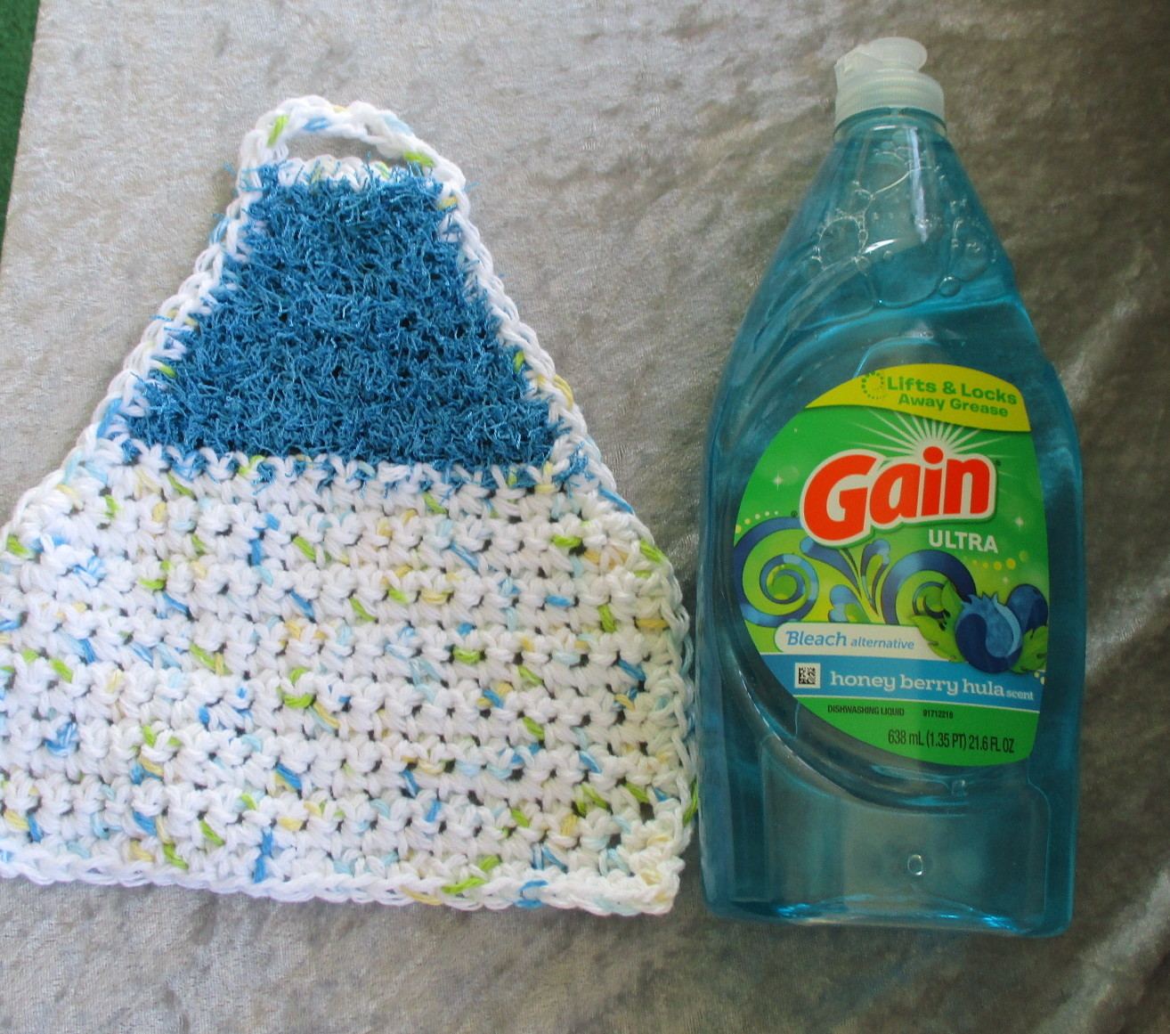 Eco Friendly Dish Cloth Apron with Scrubbie