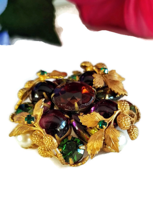 Vintage Rhinestone Brooch With Purple and Green Rhinestones and Faux Pearls
