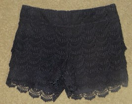 Ann Taylor Loft The Riviera Short Navy Lace Ruffle Shorts Size 00 - $18.56