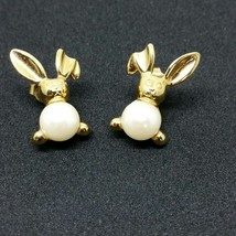 Vtg AVON Signed Gold Tone Faux Pearl Bunny Post Designer Earrings (AD334... - $10.30
