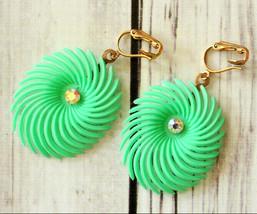 vintage aurora borealis rhinestone mod gogo green spiral clip earrings h... - $27.71