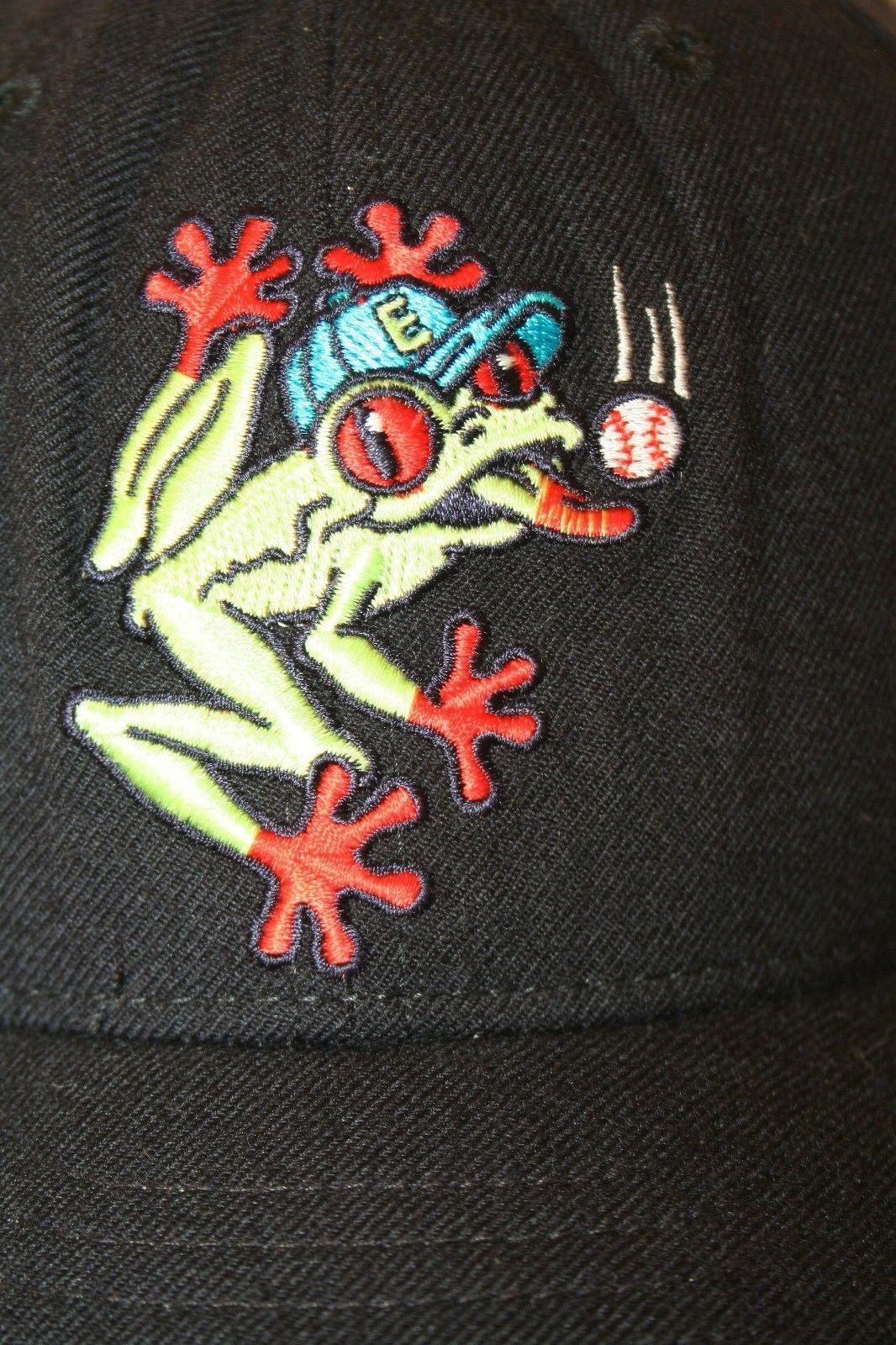Everett WA Aquasox MiLB New Era 5950 Soggy Froggy logo Black 7 3/8 Cap Hat USA