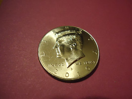 2010-D Kennedy Half Dollar **L@@K** >>Combined Shipping< - $1.98