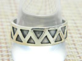 .925 Sterling Silver Embossed Triangle Symbol Band Southwest Ring 12 Vintage - $34.64