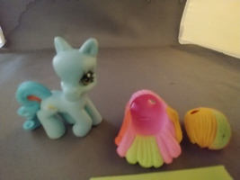 My Little Pony PONYVILLE Twirlin' Runway Styles with Rainbow Dash-Figure... - $6.00
