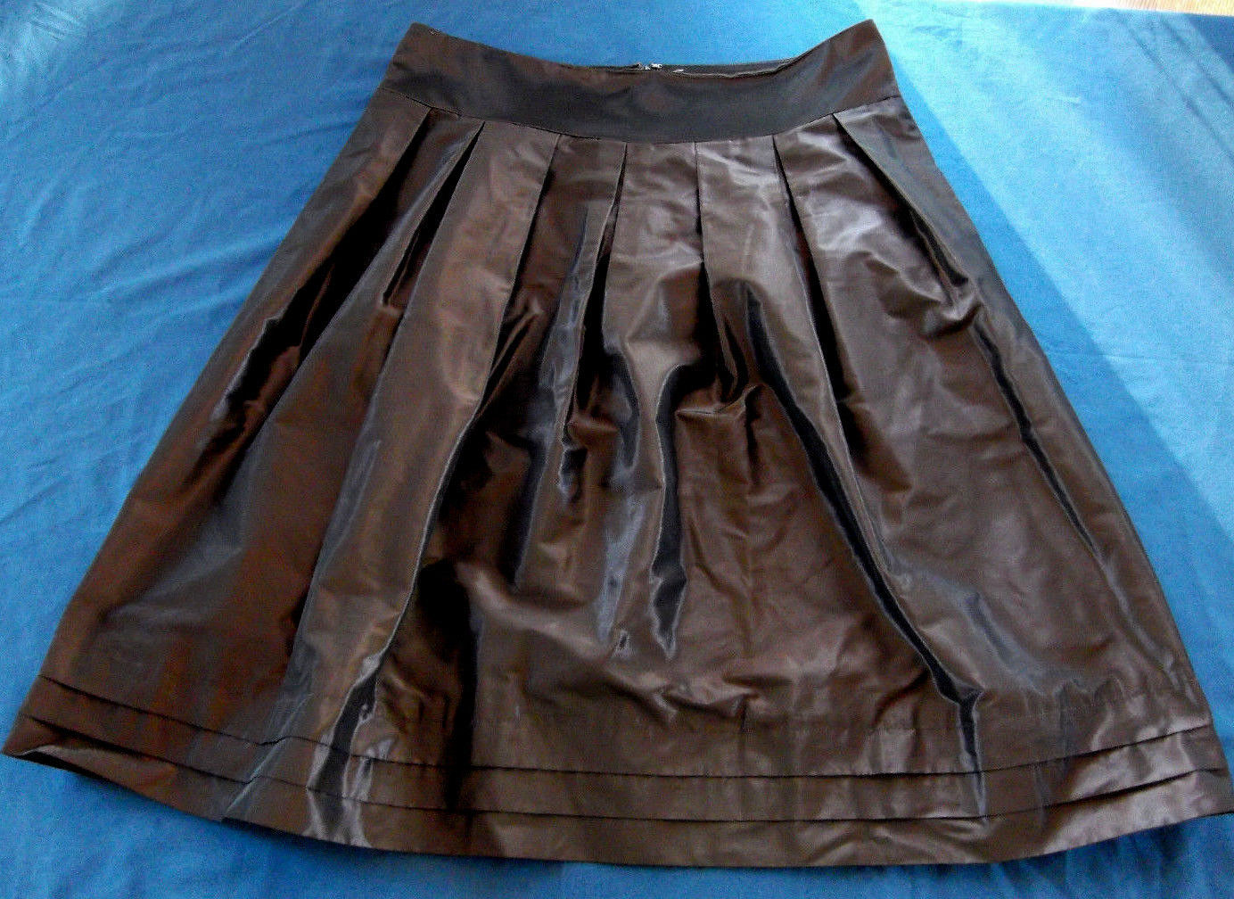 a821d32ed4 S l1600. S l1600. Previous. Banana Republic Dark Purple Metallic Sheen A Line  Pleated Skirt Misses Size 8