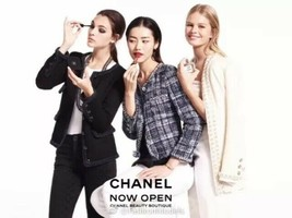13A Chanel Classic Little Black Tweed Jacket 36 - $2,449.75