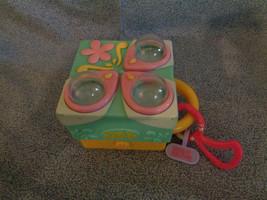 Littlest Pet Shop Teeniest Tiniest Play-set Take-Along Bunnies Hasbro 2006 - $7.31