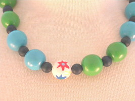 Wood Beads Green Blue White with painted flowers Vintage Necklace - $17.99