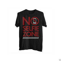 Delta Pro Weight No Selfie Zone Graphic Tee Size M New With Tags - $8.99