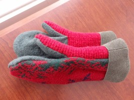 Christmas Gift Wool Sweater mittens Handmade  one size fits most - $22.30