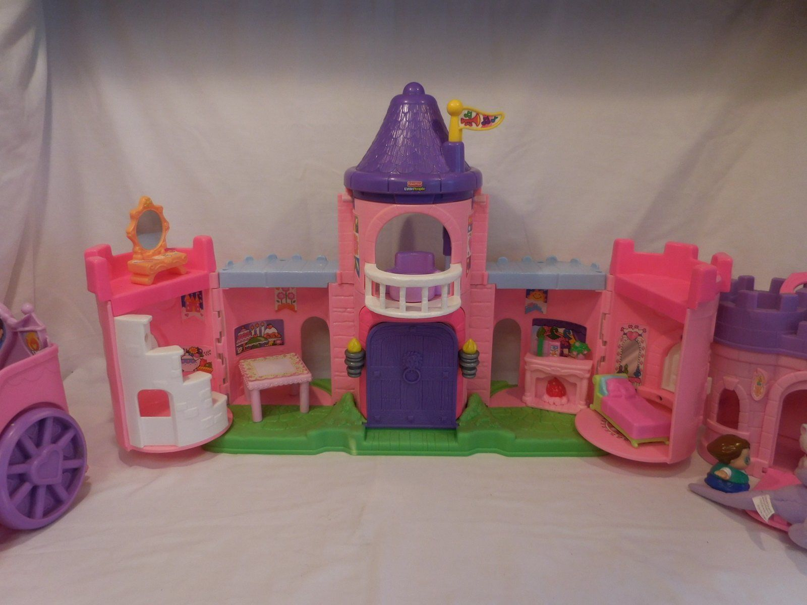 Fisher Price Little People Pink Castle + Play 'N Go Castle + Princess Carriage image 8