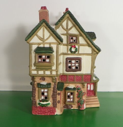 O'Well Novelty CAFE SHOP Lighted Christmas House Building 1994 - $24.70