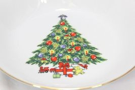 Jamestown Xmas Treasure Bowls Cups Saucers Lot of 12 image 11