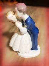 B&H Denmark ~ Boy & Girl ~ FIRST KISS ~ FIGURINE ~ #2162 - $60.78