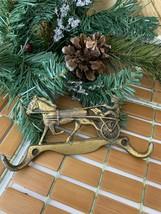 Vtg Brass color metal Horse and buggy Key Hook Holder Wall Hanger 2 Hook... - $24.74