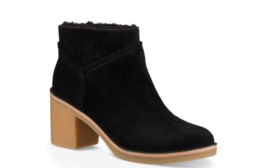 UGG  Kasen Genuine Sheepskin Lined Bootie Black Mult Sizes - $2.442,16 MXN