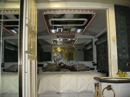1993 Country Coach PREVOST County Coach For Sale in Collins, Georgia 30421  image 11
