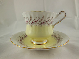 Paragon Bone China Cup & Saucer by Appointment to Her Majesty the Queen England - $12.46