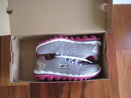 "BNIB Skechers® Women's ""Skech-Air 2.0"" Aim High Training Shoes, grey/pink, $85 image 1"