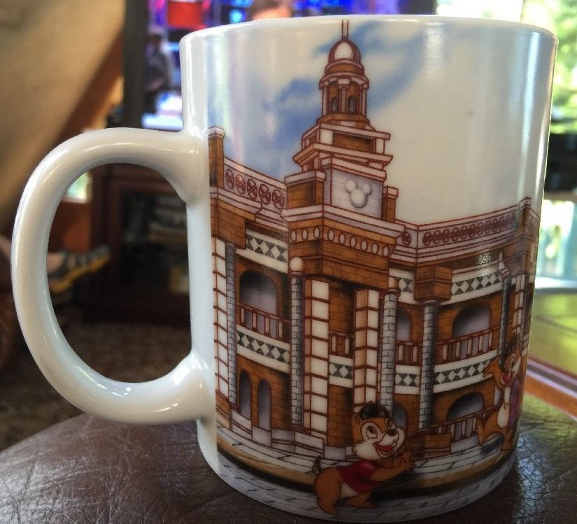 Disneyland Mickey And Minie Hong Kong Coffee Cup With Chipmunks Very Nice