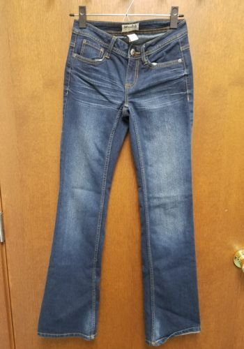 MUDD womens Jeans Denim Bottom flares out Size 0 RN73277 EUC