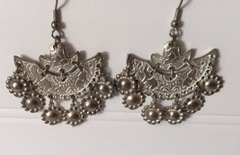 Vintage Silvertone Dangle Chandelier Earrings Pierced 20520 - $13.99