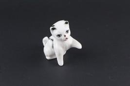 Miniature Cat Figurine Left Paw Up White Décor Accent Piece - $6.93