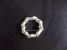Trifari Vintage Silver Tone Round Circle Brooch Pin - $20.00
