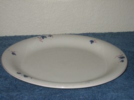 Porcelain China White Smooth Blue Leaf Dinner Plate Dish Made in China - $8.56